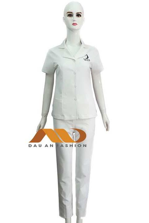 Áo blouse nữ tay ngắn màu trắng ABM026