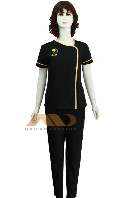 Đồng phục phòng mạch đen viền vàng