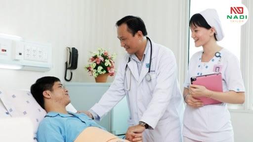 Ý nghĩa của một bộ đồng phục bệnh viện