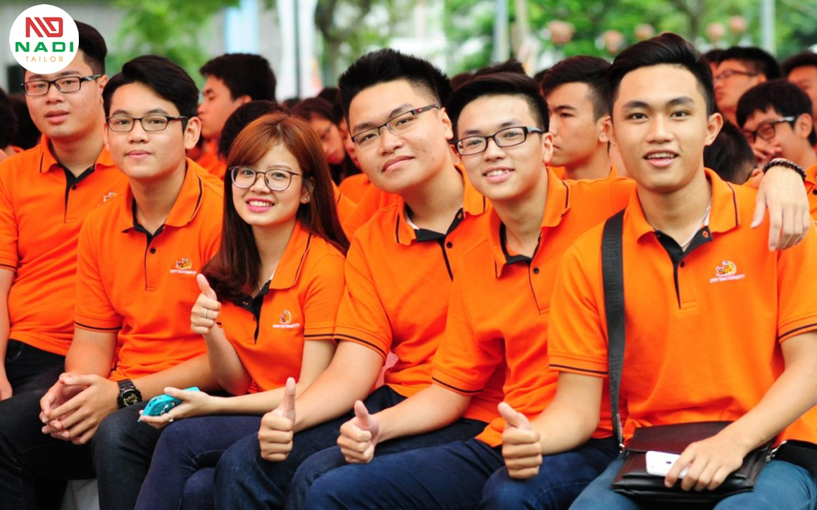Đồng phục giúp tăng tinh thần đoàn kết của nhân viên