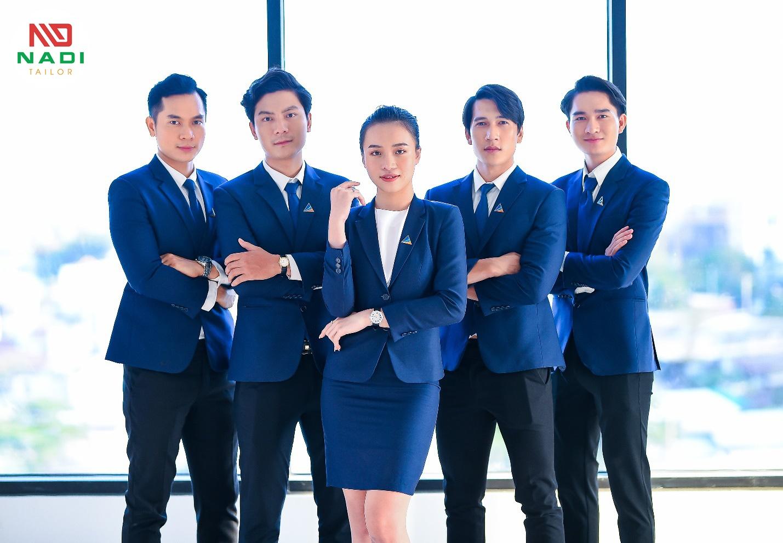 In áo đồng phục công ty giúp tăng năng suất làm việc