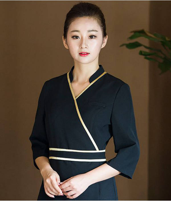 Đồng phục gần như là yếu tố đầu tiên quyết định sự tin tưởng của khách hàng vào sự chuyên nghiệp của Spa