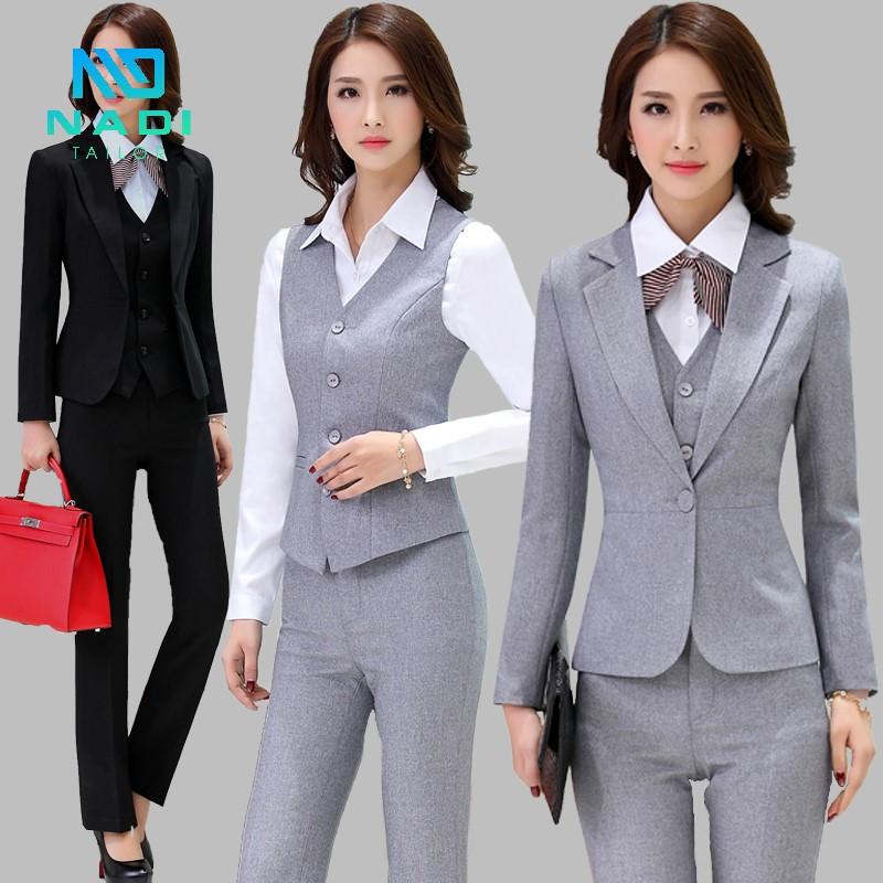 Đồng phục cao cấp màu xám bạc lịch sự, đẳng cấp, thể hiện được hết sự quyến rũ, nữ tính và thần thái của người mặc
