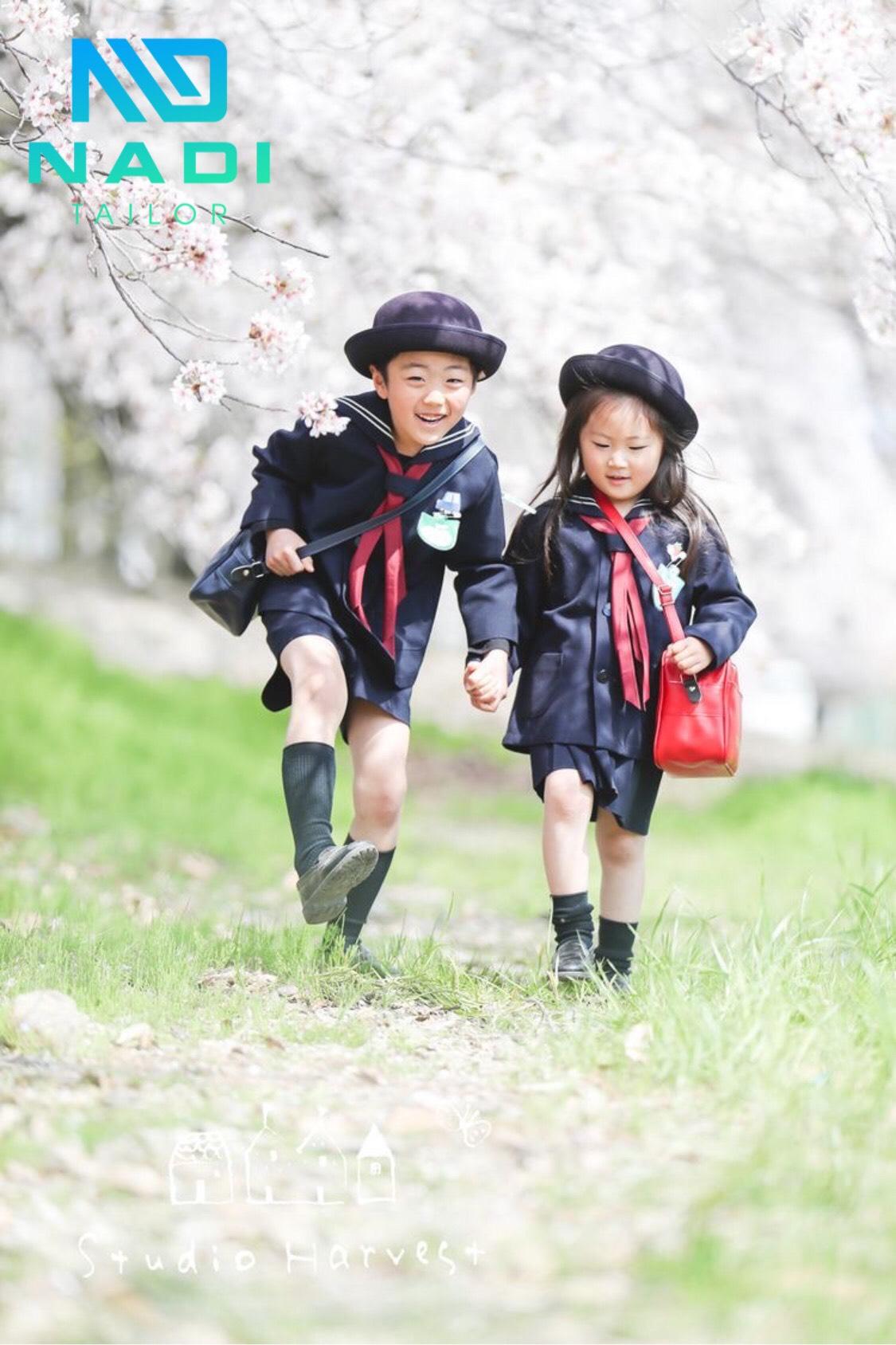 Đòng phục dành cho trẻ em cũng vô cùng đáng yêu và thời trang