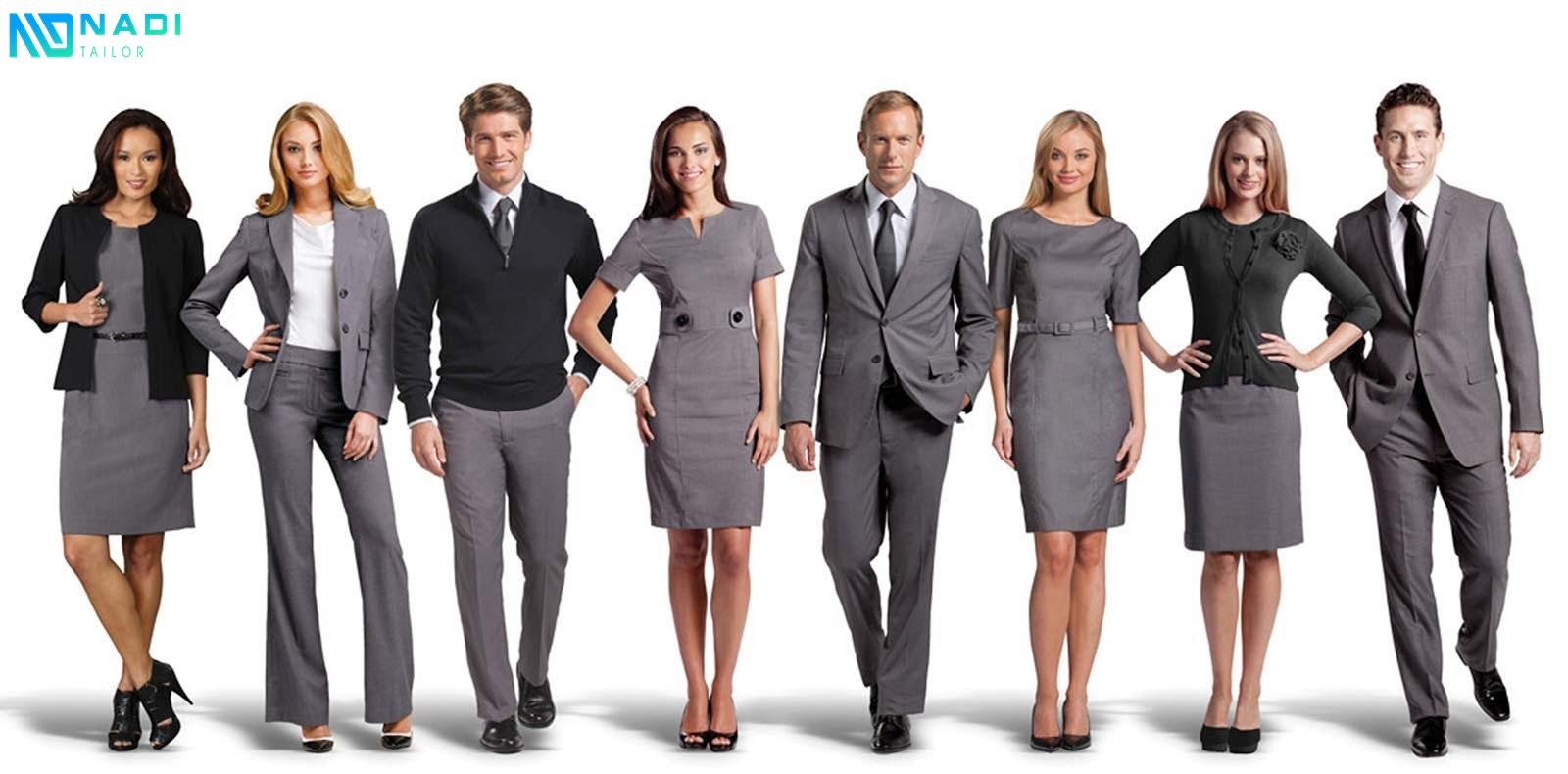 Với thiết kế màu xám đặc trưng, phong cách thanh lịch, sang trọng. Tạo nên điểm khác biệt cho đồng phục vest công sở.