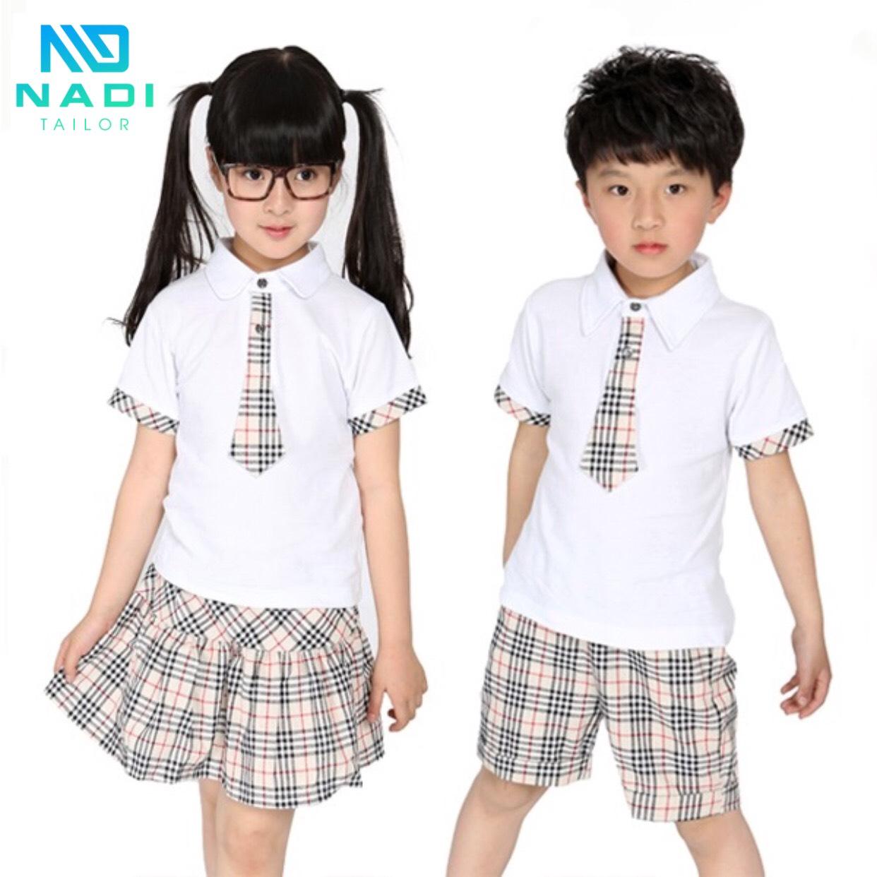 Khi đặt may trang phục cho các bạn học sinh ở độ tuổi còn nhỏ này nếu chọn vải quá dỏm, rất có thể ảnh hưởng đến sức khoẻ, gây ra những loại bệnh về da,…