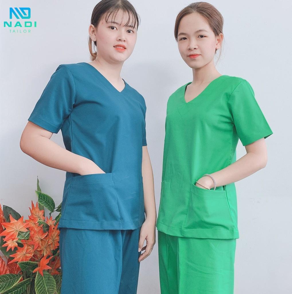 Đồng phục bệnh nhân và bác sĩ khi phẫu thuật